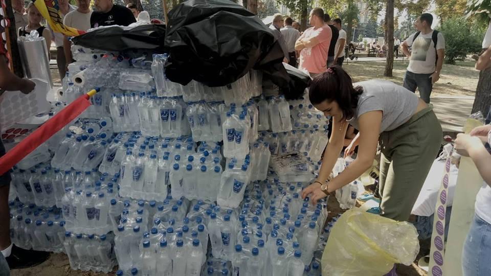 apă protest1