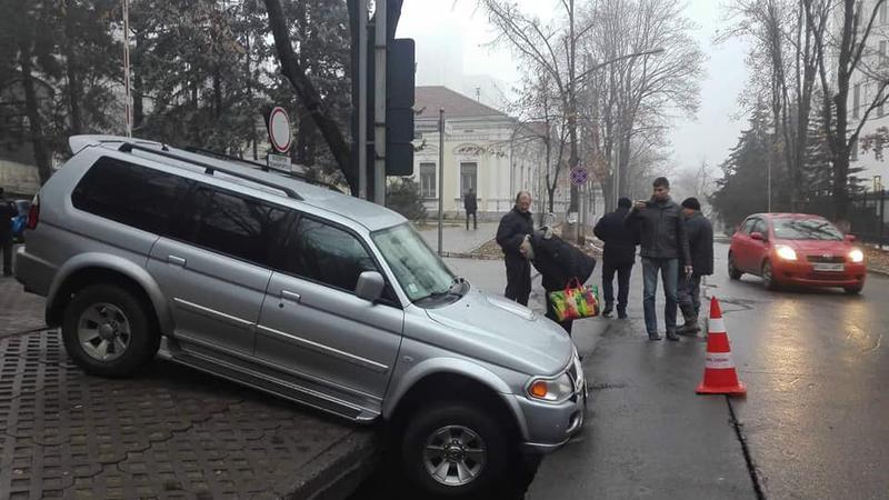 asfalt surpat Chișinău | Sursa: facebook.com/galina.munteanu