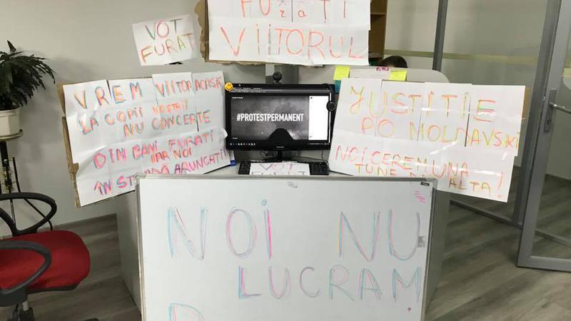 protest la locul de muncă7 | Sursa: Facebook/Taniusha Bulicanu
